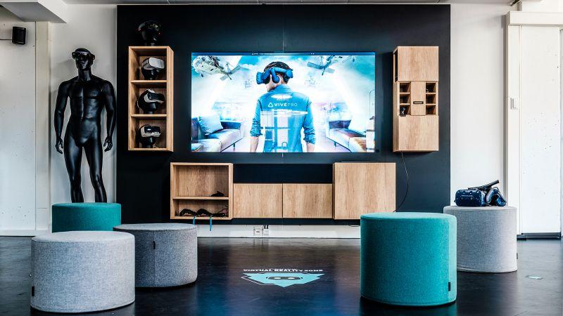 NMY Showroom I VR Zone